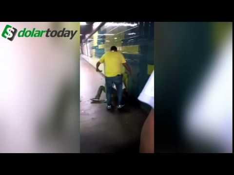 ¡Imagenes Fuertes! Venezolanos Cansados linchan en el metro de Caracas a malandros ¡¡bien duro!!