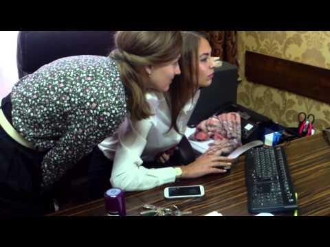 Primarul de Hîncești a lăsat în loc niște fete cucuiete - Curaj.TV