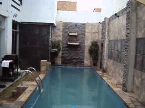 Cascada de piscina picapedreros arte en piedra youtube for Estanques con cascadas de piedra