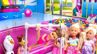 Barbie vs Elsa  Challenge of Disney Princess & Barbie girl gymnastics