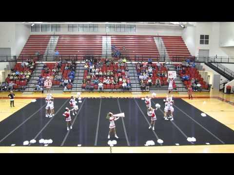 Daviess County Middle School Cheerleaders Nov. 9, 2013