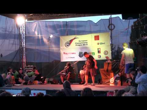 European Football Freestyle Championship 2010 FINAL Luki vs Clyde