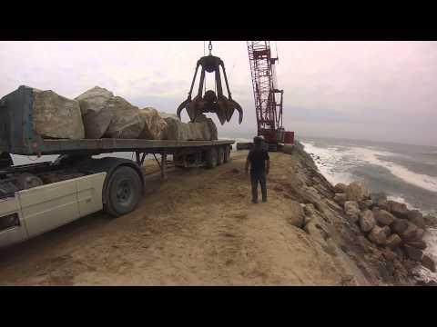 Praia de Cortega�a - obras de amplia��o da zona costeira - ver�o de 2014 -