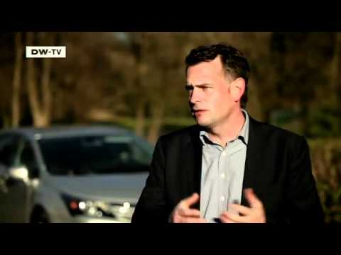 Der neue Kombi Toyota Avensis | Motor mobil