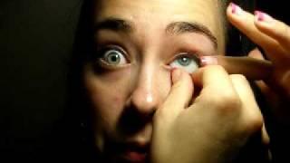 Thumb Como sacarse y ponerse una prótesis de ojo
