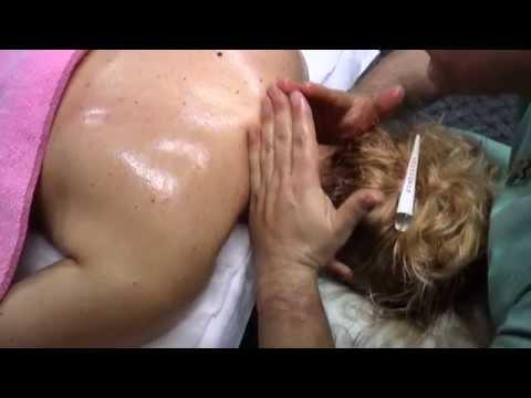 Lectia de masaj cu Dan Alexoae masajul gatului