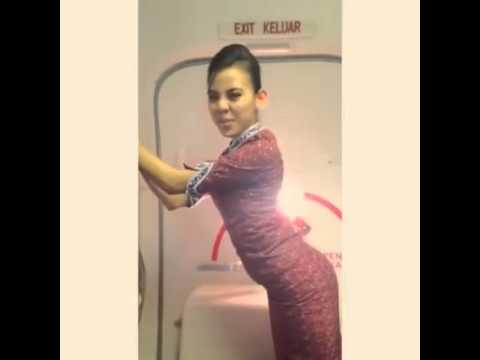 Malay Stewardess Booty Shake! :) video