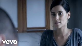 Watch Nelly Furtado Mas video