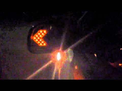 Как сделать чтобы светились поворотники