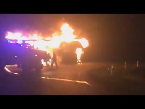 Казахстанец спас 48 людей из горящего автобуса в России. Героя пригласил Андрей Малахов