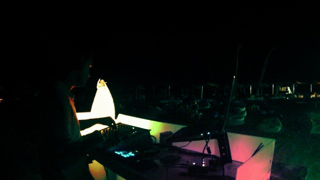 Deep house music mix by jose r denas dj 07 09 13 youtube for Deep house music mix