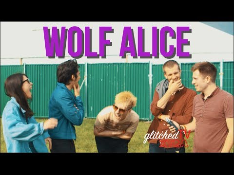 Wolf Alice Interview // Wychwood Festival // glitchedTV xtra