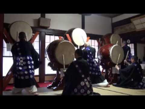 Lễ nhạc Phật giáo Nhật Bản: Đánh trống theo điệu tụng của Bát Nhã Tâm Kinh