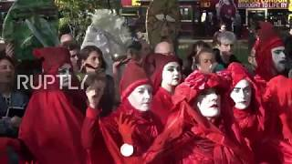 UK: Extinction Rebellion ends Lond protests with 'closing ceremony'