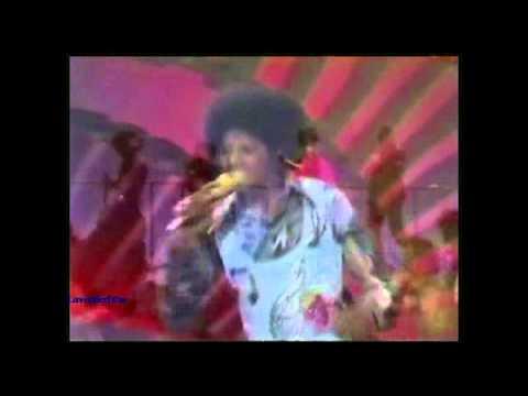 Michael Jackson - Just a Little Bit of You - Soul Train Live (HD)