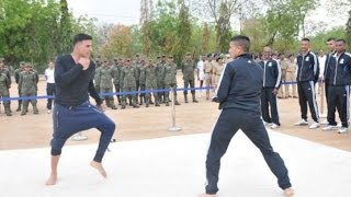 Akshay Kumar Fight With IPS Officer FULL VIDEO