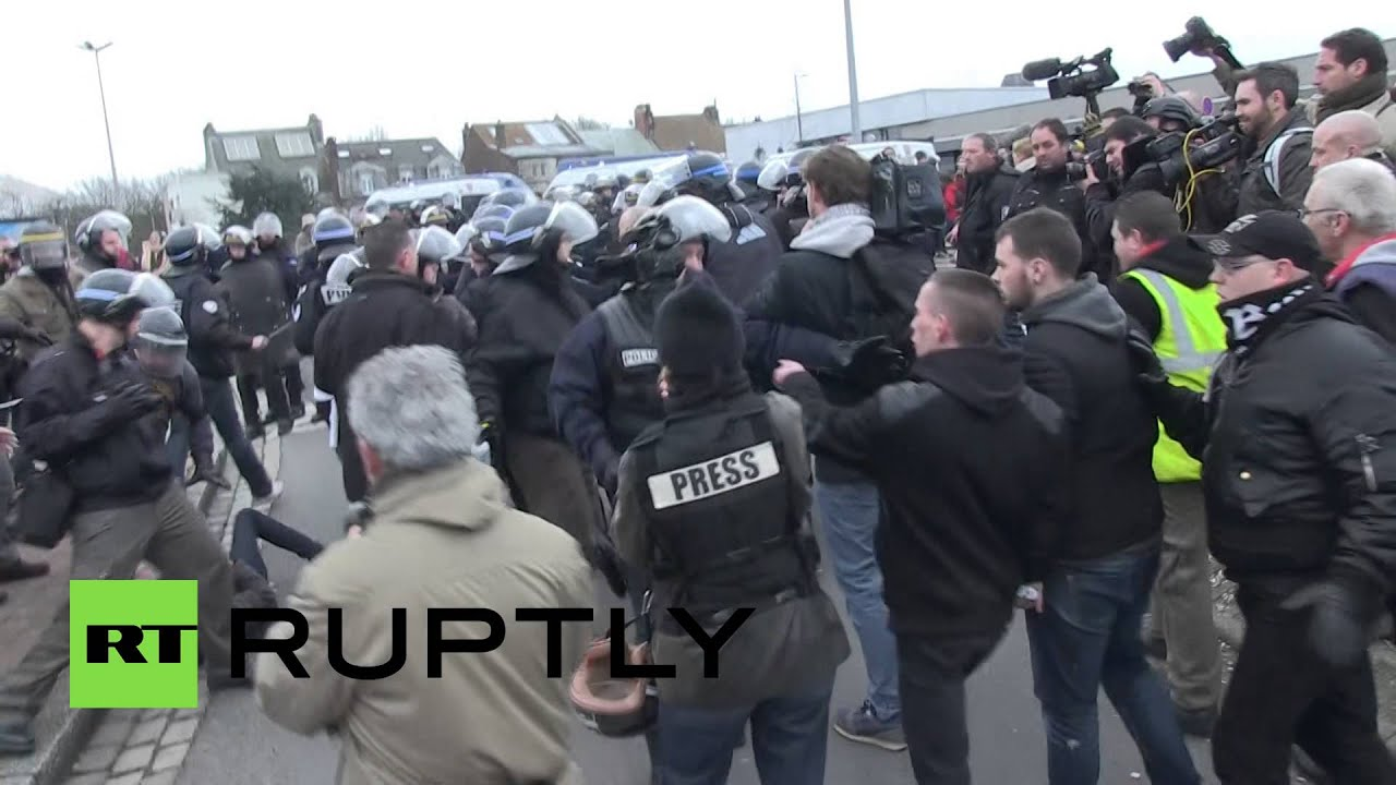 Pegida Rally: Former French Foreign Legion commander among those arrested