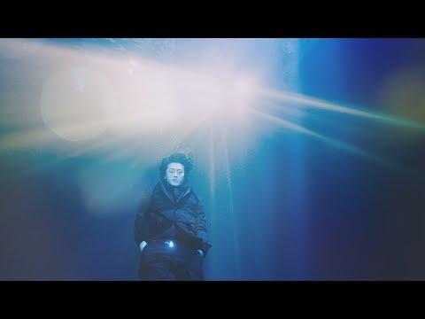 Jin Akanishi 赤西� -  Summer Kinda Love (Official Music Video)