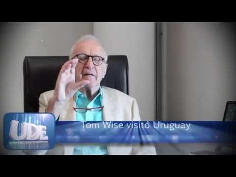 Tom Wise hablando de Liderazgo en Uruguay