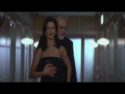 Catherine Zeta Jones - Entrapment Hot Scene