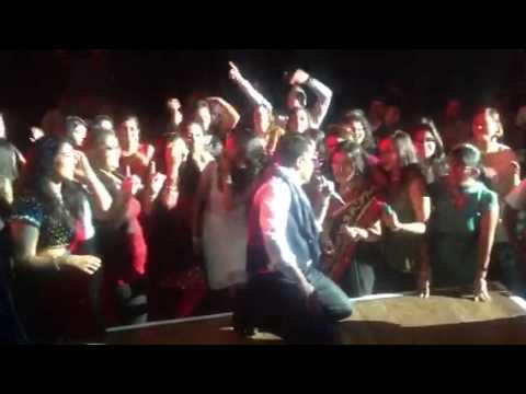 Mika Singh Live In Wellington Tu Mera Hero video