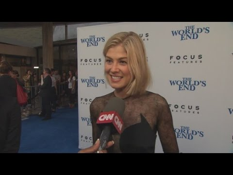 """Gone Girl"" Rosamund Pike to be honored"