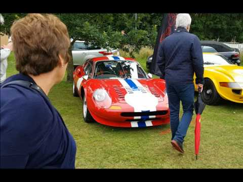 Classics on the Common in Harpenden displayed about a thousand classic vehicles. It presents a good opportunity to see a wide range of very rare vintage cars Among the automotive unicorns...