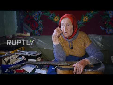 Belarus: 'They Call Me … Guitar!' See 85-yo Guitar-hero Granny Play The Blues With A LIGHTBULB