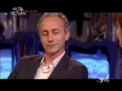 Victor Victoria Senza Filtro – Tra gli ospiti: Cesare Cremonini, Marco Travaglio (11/05/2013)