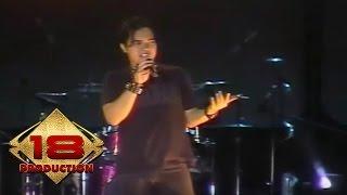 download lagu Dewa 19 - Sedang Ingin Bercinta Live Konser Slawi gratis