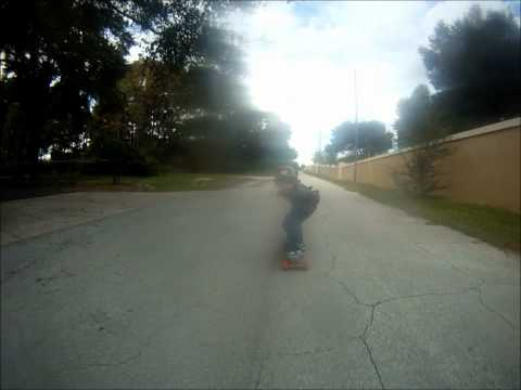 longboarding:4 year old goes 35mph downhill