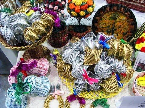 Como tejer los adornos navidenos de papel reciclado promo youtube - Los adornos navidenos ...