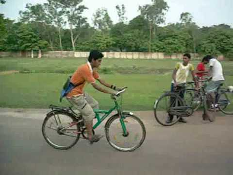 INDIAN CYCLE STUNT .wmv