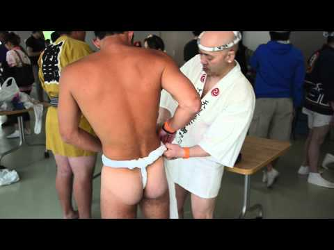 Taru Mikoshi 2012: Fundoshi Tying, Haramaki Wrapping & Dressing Up Before Parade