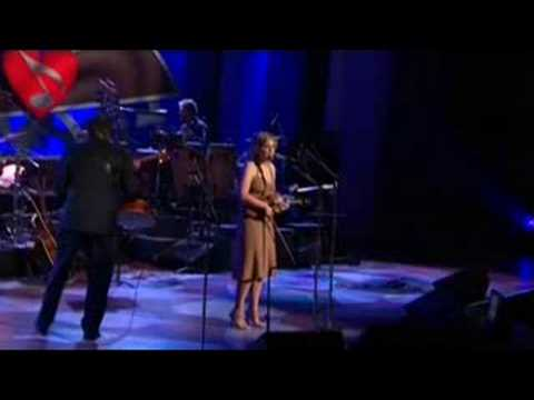 Alison Krauss sings James Taylor song