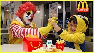 KIDS In McDonalds / Ronald McDonald in #jaibistashow
