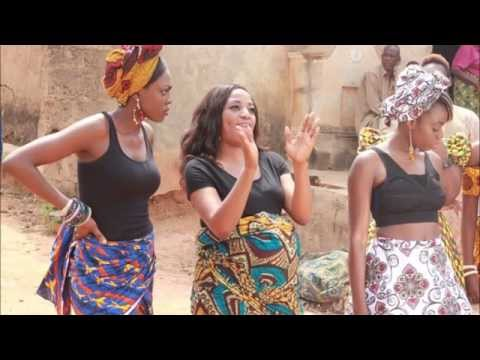 Yemi Alade -- Johnny (French Version)
