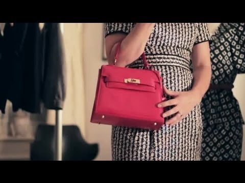 What To Carry In A Ladies' Handbag   Handbags &amp  Fashion