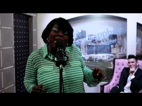 The Chris Sapphire Show- Panda Ross performs I'd Rather Go Blind