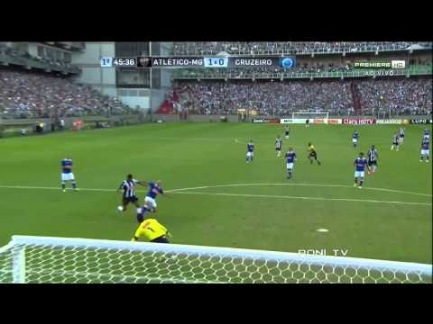 Ronaldinho vs Cruzerio - 12/05/2013 - HD 720p - Roni Tv