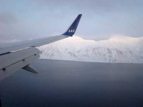 SAS' Boeing 737-700 Winglets lands in Longyearbyen, Svalbard, Norway