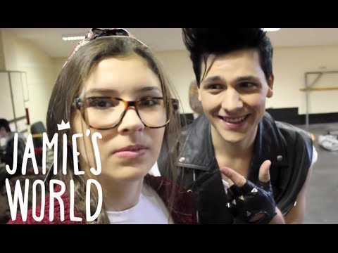 Girl Next Door (Sneak Peek) | Jamie's World & Massad