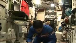 Watch Muslim Astronaut Pray in Space