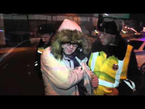 Пьяный на БМВ 555 ул. Ленина. Место происшествия 18.02.2016