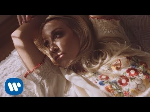 """Ashley Monroe - """"Hands On You"""" (Official Music Video)"""