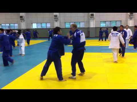 Henk Grol JUDO training in korea Image 1