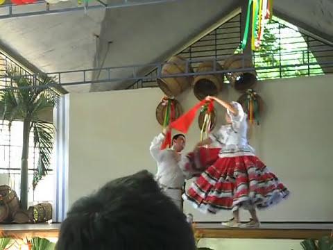 El Contrabandista Interpretado Por la Reina Dptal del Sur del Tolima - Purificacion Tolima 2012
