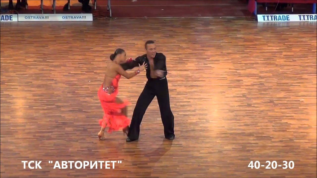 Ролик танцы девушек 4 фотография