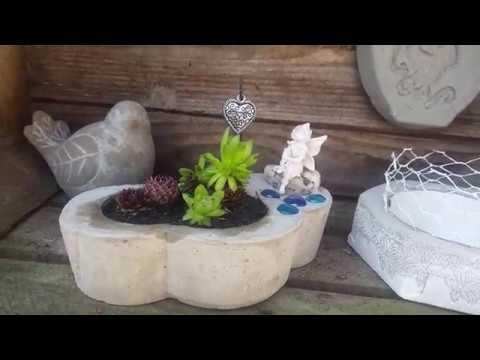 Gartendeko Blumentopf mit Elfe aus Beton