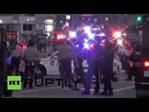 USA: Violence erupts at Ferguson rally for slain teen Michael Brown